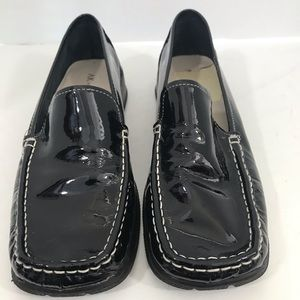 Anne Klein Black Patent Leather Loafer size 9